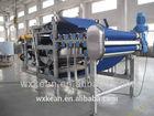 Efficient industrial fruit and vegetable belt presser