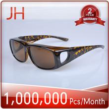 Fashion Polarized Sunglasses Fit Over Sunglasses with UV400