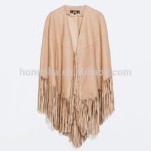 çin tedarikçisi zarif püskül deri burun panço moda tasarımı kadın palto hsc3005