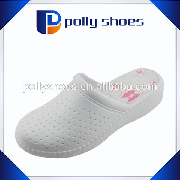 Women flat print sole slip-on cleanroom white slipper clogs