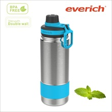 18oz double wall stainless steel blue water bottle with silicone sleeve