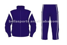 2012 Customized sportswear tracksuit man suit running wear