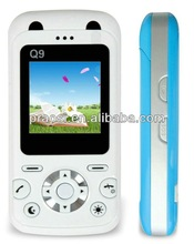 GPS Tracker MP3 Phone Mobile with sos panic button for children use as christmas gifts