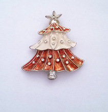 fashion Christmas tree brooch