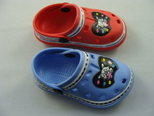 Cute holey soles clog fuzhou clogs for kids