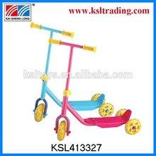 Look!! 2014 Popualr Three Wheel Roller Scooter for Children