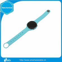 TF Display Type and Android Operation System Mobile Phone Watch blue Display Color and Bar Design mobile watch phones