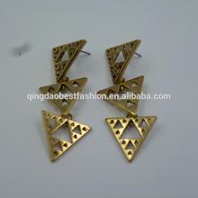 18 k gold earrings with zinc alloy