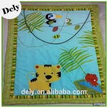100%cotton children's cat design bed sheet patchwork quilt