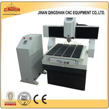 cnc machine price in india desktop XJ6060 cnc router operator