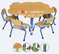 De haute qualité utilisés garderie de meubles, de haute qualité en forme de fleur de garderie d'enfants table/bureau