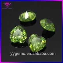 BEST SALE AAA GRADE apple green heart shape cz stone gems