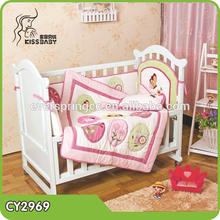 China Printed And Embroidery Newborn Crib Bedding