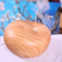 Fashionable usb air moistener light wood