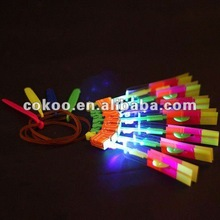 2014 hot sale led toys out door children plastic mini led flying arrow helicopter