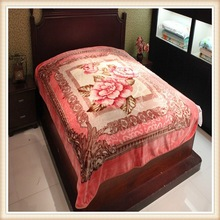 luxury embroidery fashion blanket patckwork comforter sets bedding set made in china hometextile