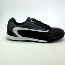 new arrival soccer shoes for man