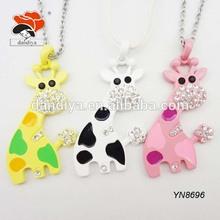 cute wholesale festival jewelry crystal enamel animal giraffe necklace as children's presents