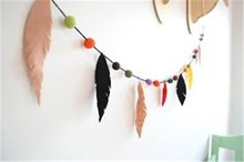 2015 handmade felt feather garland for a tribal inspired decoration made in China
