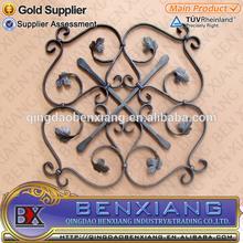 de alta calidad decorativa rosetas de hierro forjado utilizado ampliamente