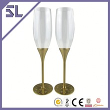 Poly Home Decor With Glass plate Wedding Gifts For Guests Carefully Crafted Wedding Glasses For Champagne