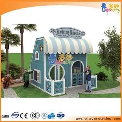 2014 small wooden house design/wooden doll house/wooden garden house