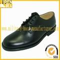 La seguridad de la tapa del dedo del pie y anti- deslizamiento suela de la policía militar de los zapatos