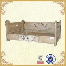 Antique dog bed,engraving artisan