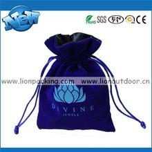 Fashion professional velvet drawstring packaging bag