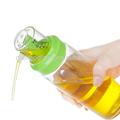 Sinoglass medido vidrio de la parte superior de aceite y una botella de vinagre