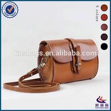 Small Vintage genuine women leather satchel