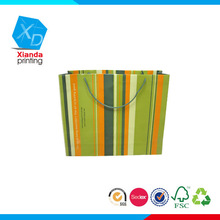 Top popular shopping paper bag in custom logo printed/gift paper bag