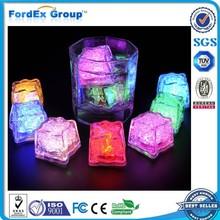 custom plastic glow ice cube led
