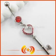 rosso ingrosso gemme figura chiave penzolare pancia ombelico anello di ornamenti per il corpo piercing