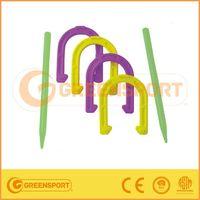 plastic horseshoes