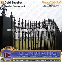 Decorativo forjado puerta de hierro, Antioxidante y fácil montaje, Respetuoso del medio ambiente y roedores a prueba de