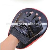 MMA, Boxing Training Equipment/ Curved Taekwondo Focus Mitt/Kicking Pad/Kickboxing Kicking Target/ Punching P