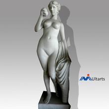 Nude noble greek lady statue