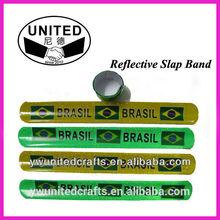 Type P040 Custom Logo Reflective Slap Bracelet for Promotional Gift