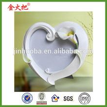 Calla Design heart shape photo frame for Valentine's day