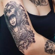 ปลอมแขนรอยสักใหม่ล่าสุดสำหรับผู้หญิง