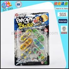 Finger Skate Boarding Toy, 6CM Skateboard Toys