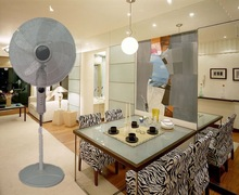 """family using super crown white and silve with 5-wing ABS BLADE 18"""" stand fan"""