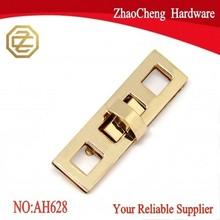 20 X 69 mm Hanging light gold rectangle hardware handbag turn lock