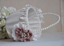Glisten panier de fleurs pour le mariage, Panier de fleurs de lin avec glamour de perles poignée, Accessoires de mariage