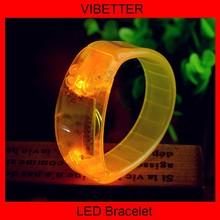 multicolour acrylic flash bracelet neon stick electronic led glow bracelets/hand ring