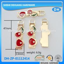 Custom metal zipper pulls for handbags