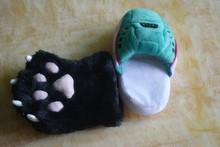 200PCS MOQ limited plush funny slippers OEM service