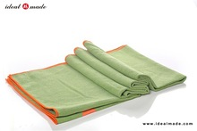 Super Soft Fast Dry 85% Polyester15%Polyamide Standard Size Branded Outdoor Floor Blanket Green Color With Logo Print
