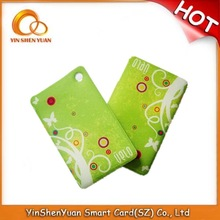 Low price irregular plastic card printing trade leaf shaped place cards